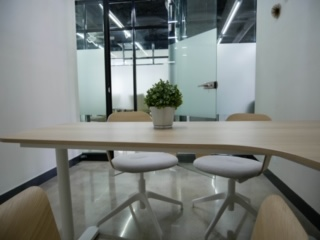WorkSpace-6.jpg